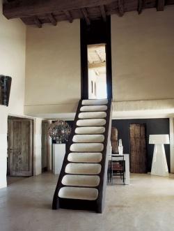 Consuelo Castiglione Stairs
